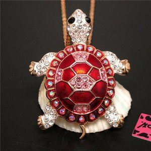 Necklace- NEW- Betsey Johnson BEAUTIFUL Sea Turtle